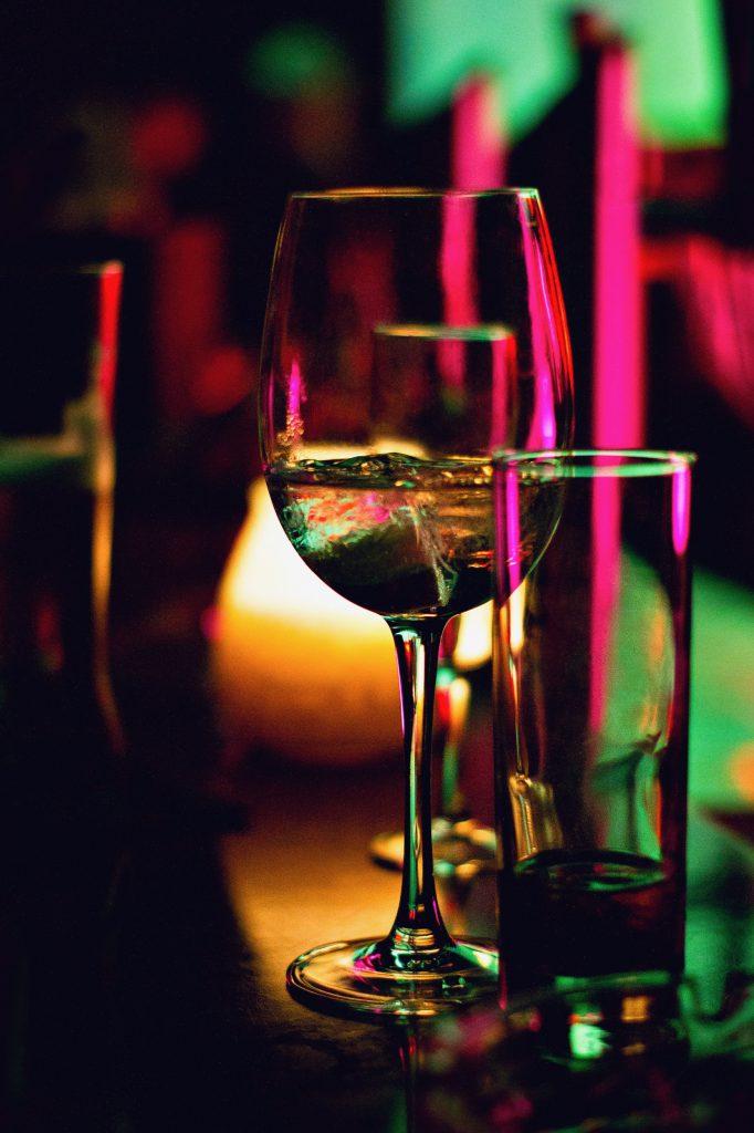 wijnglas 682x1024 - Activiteiten